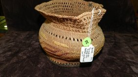 Authentic Native American Handmade Woven Basket, Ts