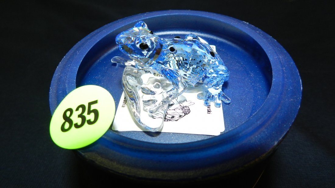 835: great stamped Swarovski crystal blue frog figurine