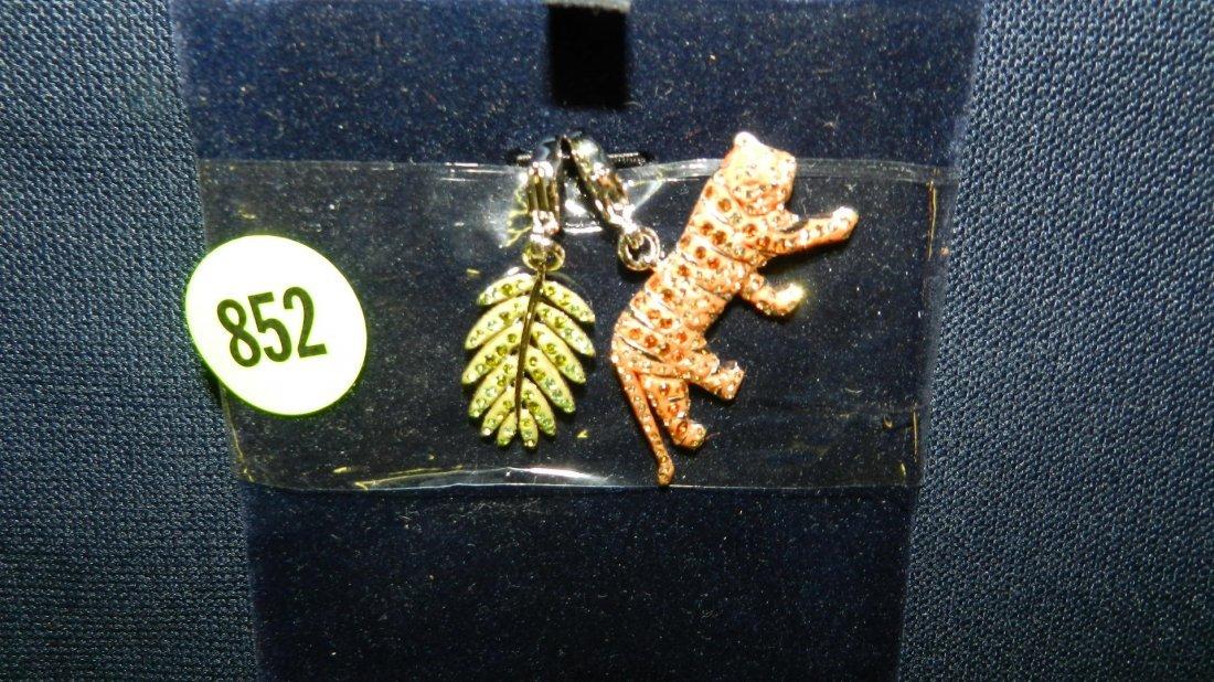852: great stamped Swarovski tiger charm