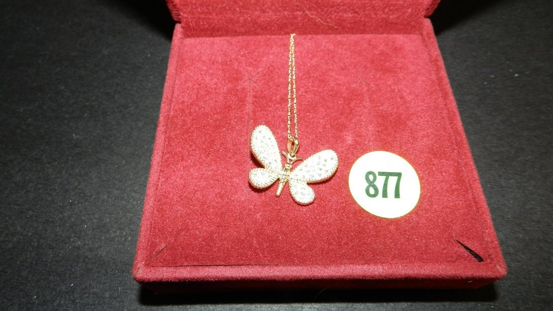877: lovely ladies 14KT gold (stamped) butterfly neckla