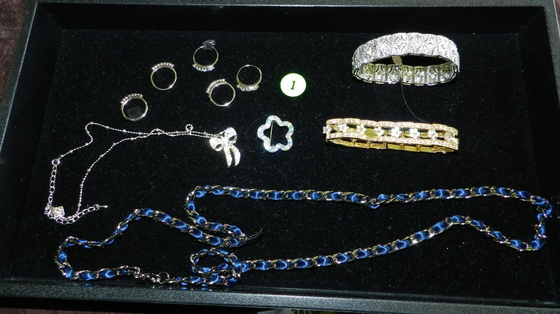 1: tray of fancy estate jewelry (most unworn)