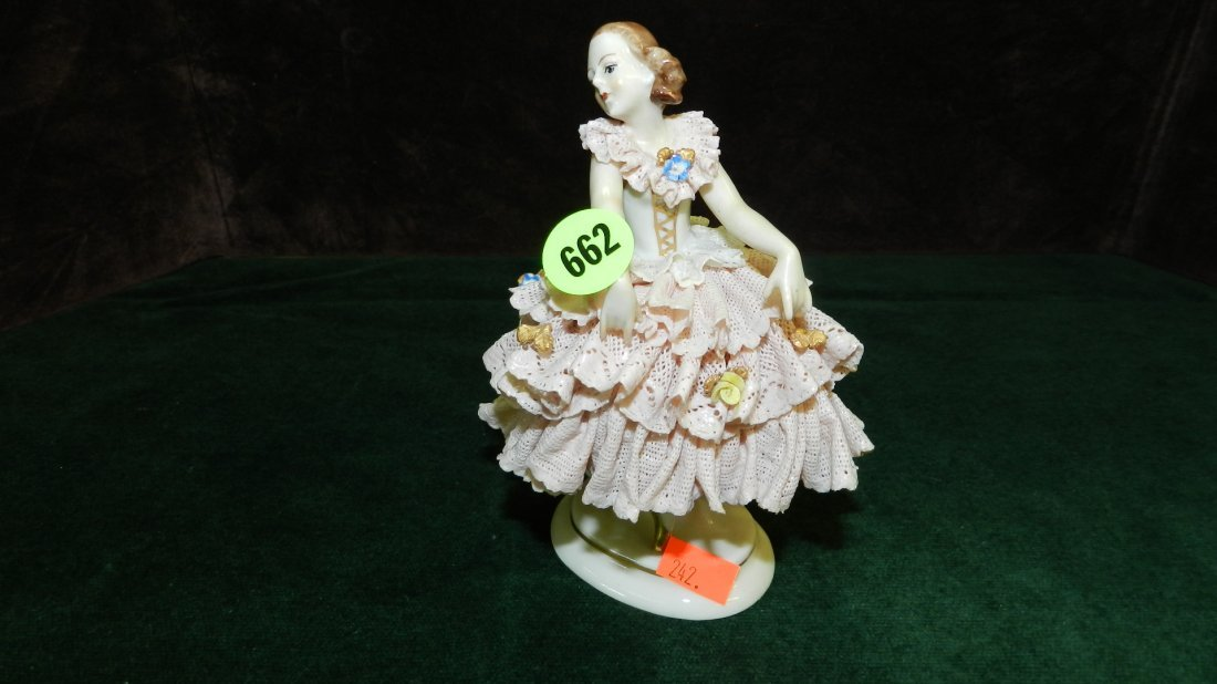 662: great vintage porcelain lace Dresden figure, very