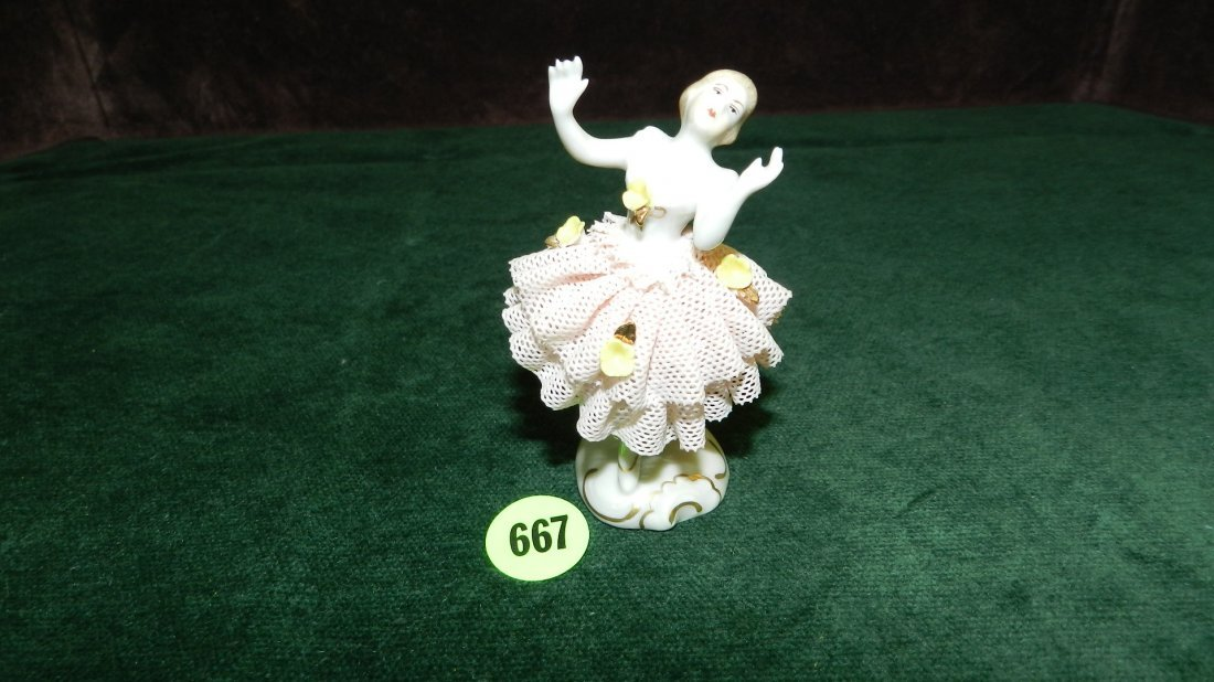 667: great vintage porcelain lace Dresden figure, very
