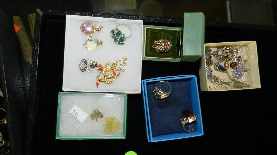 7: nice tray of estate jewelry (no tray)