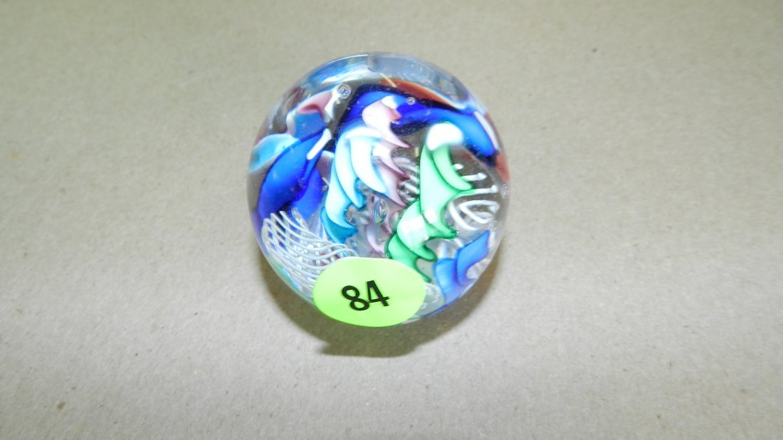 84: wonderful signed art glass modern paperweight
