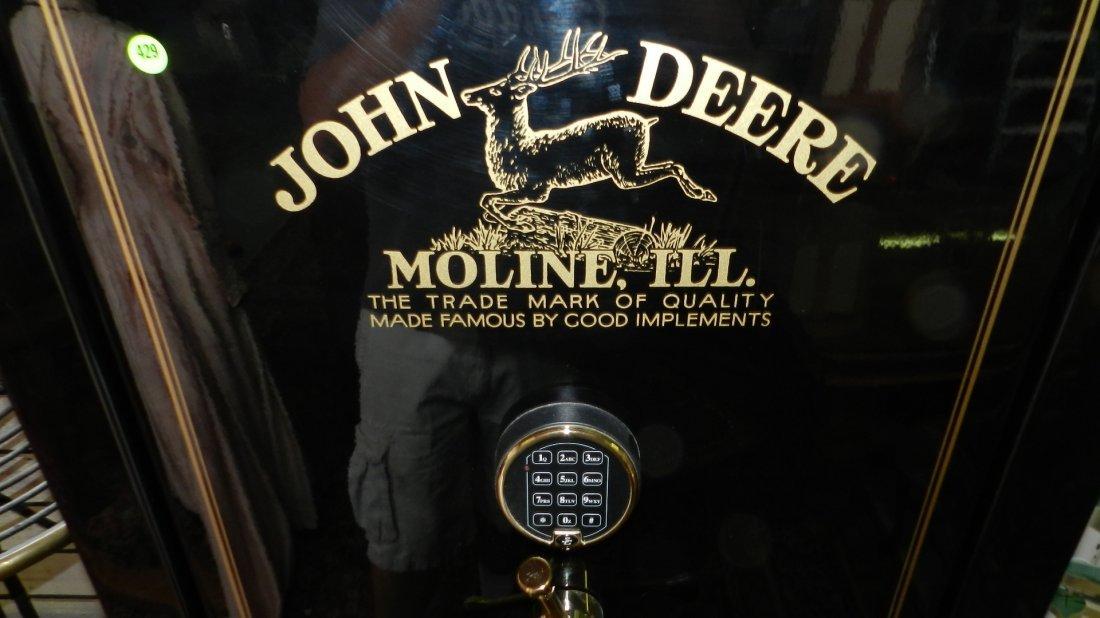 429: nice john deere gun safe model D-23, works great,  - 2