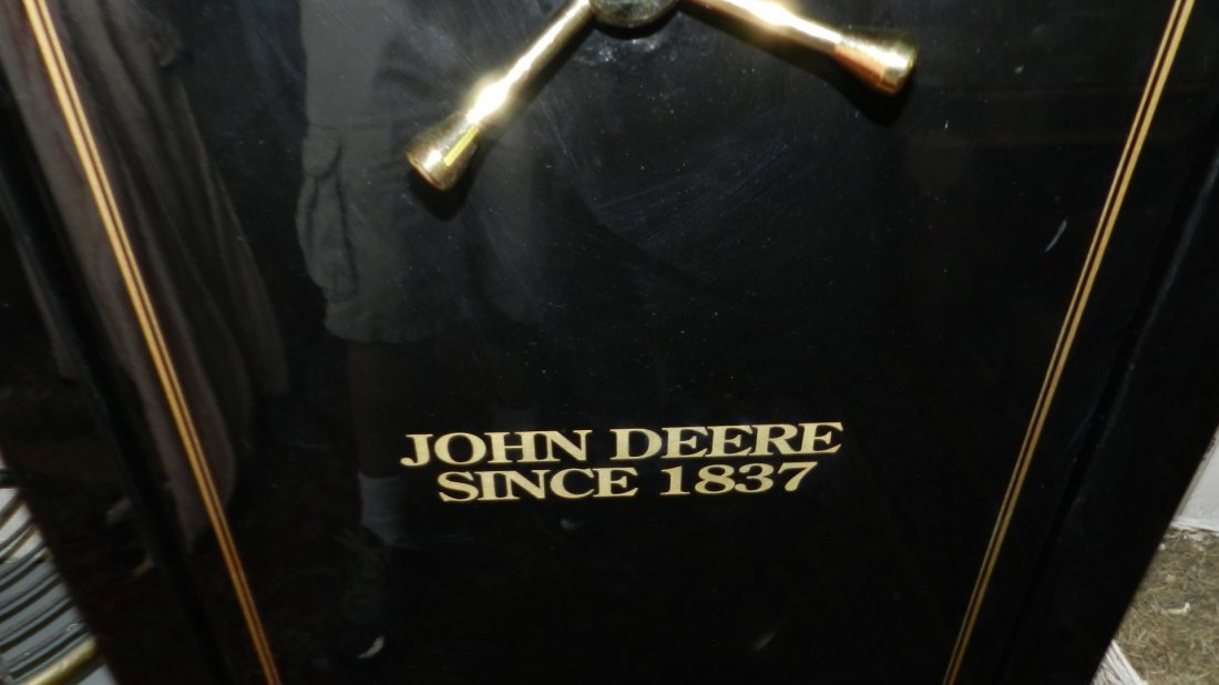 429: nice john deere gun safe model D-23, works great,  - 3
