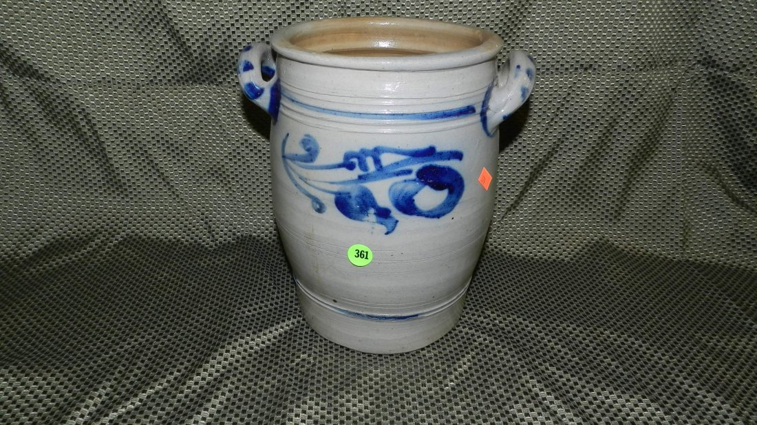 361: blue & white crock with handles SSR