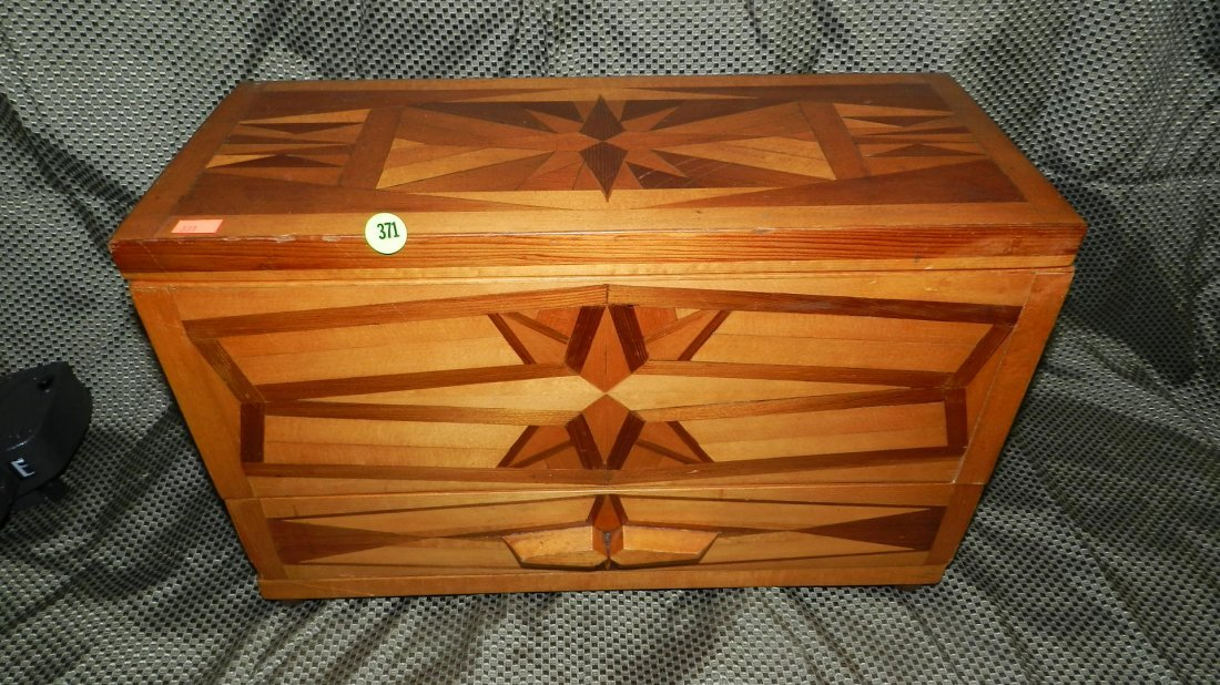 371: handmade folk art box