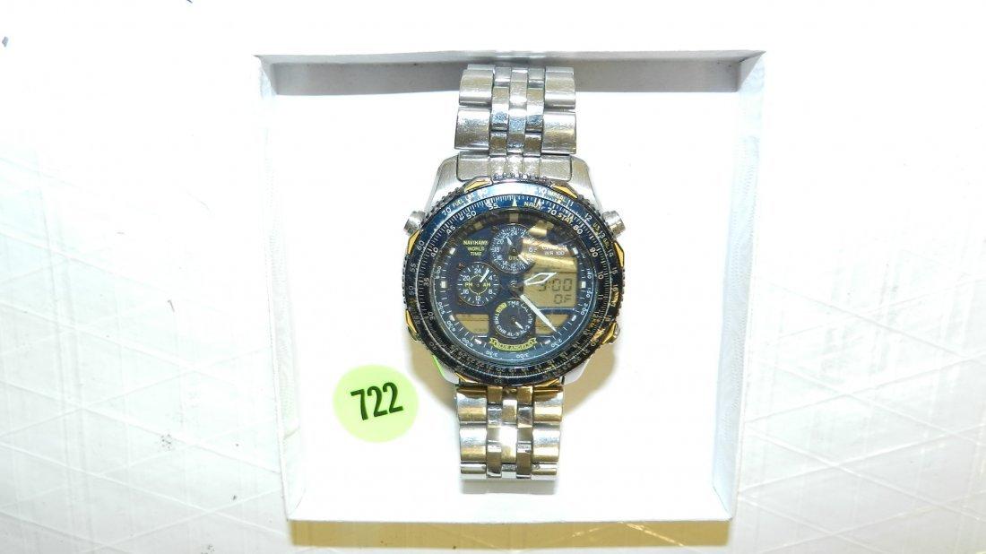 722: nice men's wrist watch
