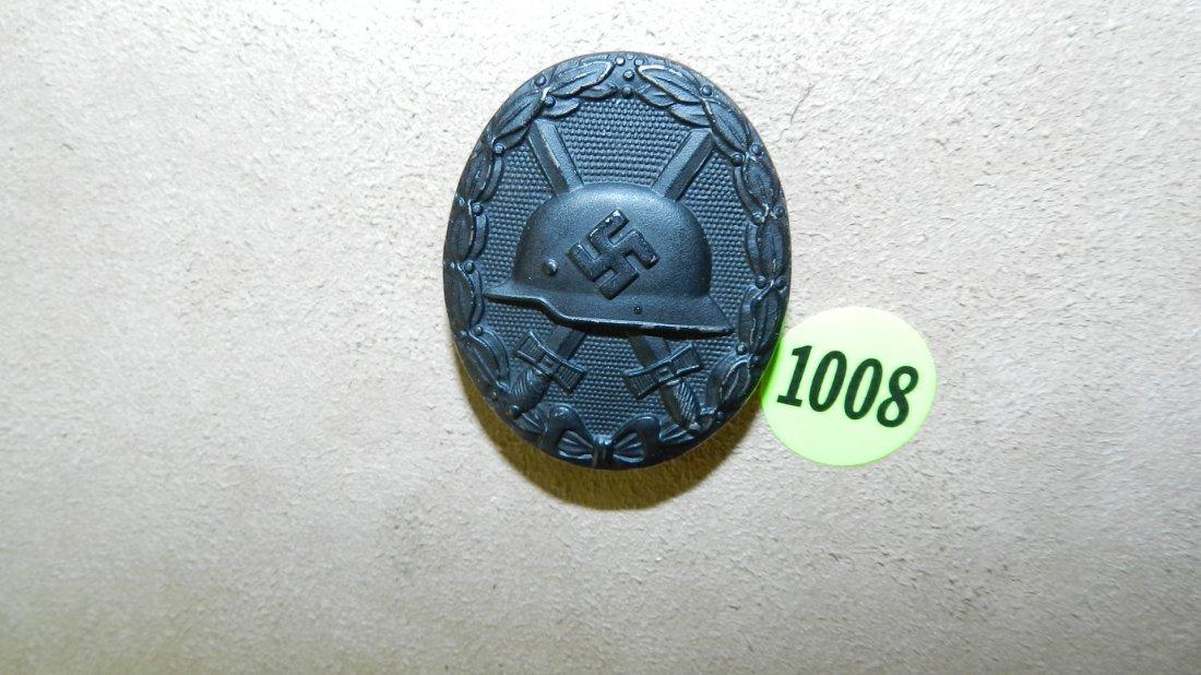 1008: WWII Nazi German black wound badge