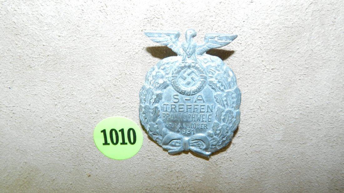 1010: WWII Nazi German scarce S.A. Treffen badge 1931,