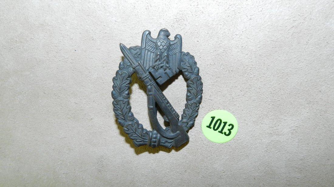 1013: WWII Nazi German Infantry assault badge flat back