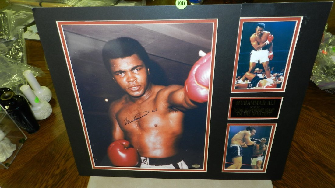 """1017: original autograph by boxings great """"Muhammad Ali"""
