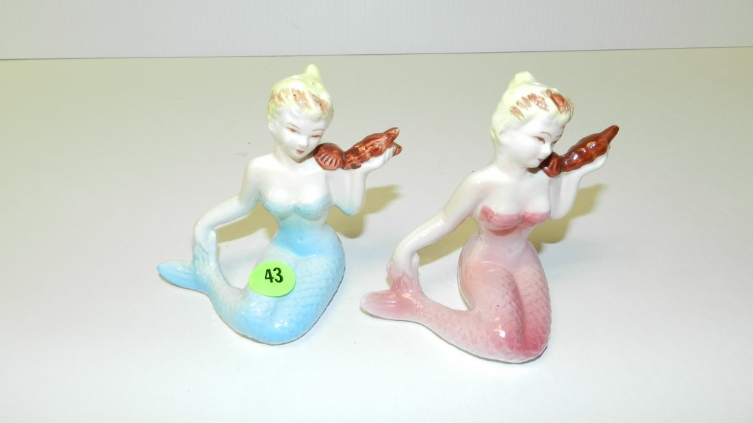 43: 2 piece mid century mermaid figures, salt and peppe