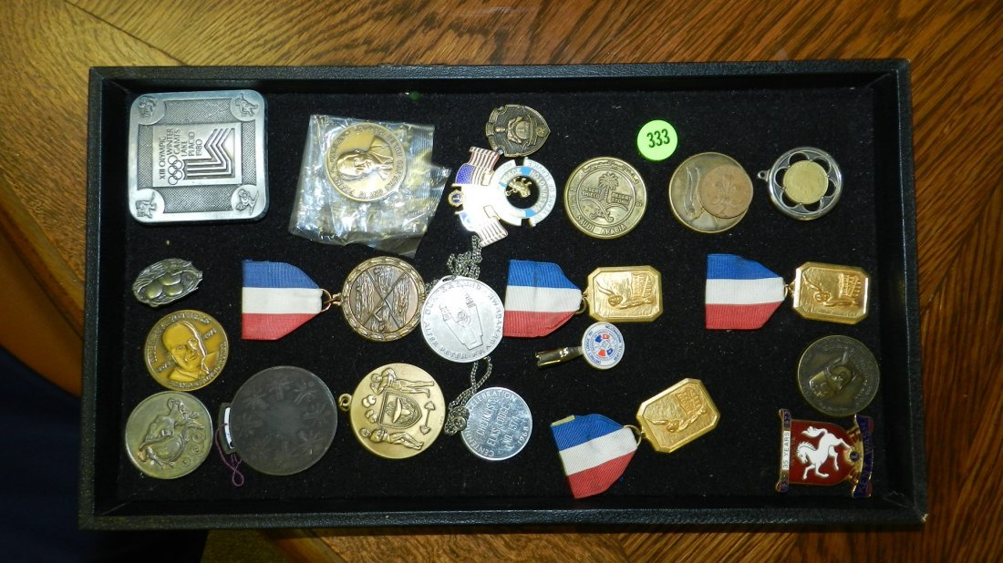 333: tray of mid century estate medal ect