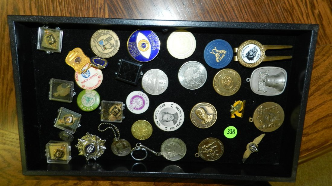 336: tray of coins medals ect.