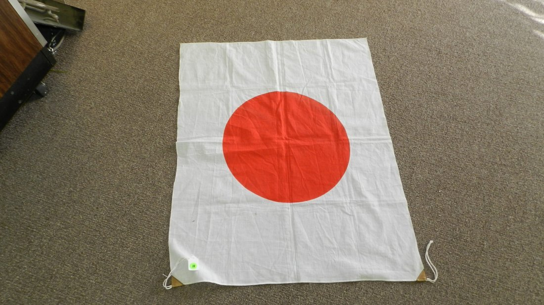 10: wonder WWII Japanese flag