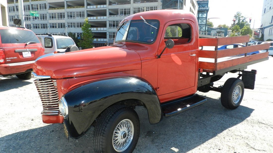 190: outstanding 1948 International flat bed truck with