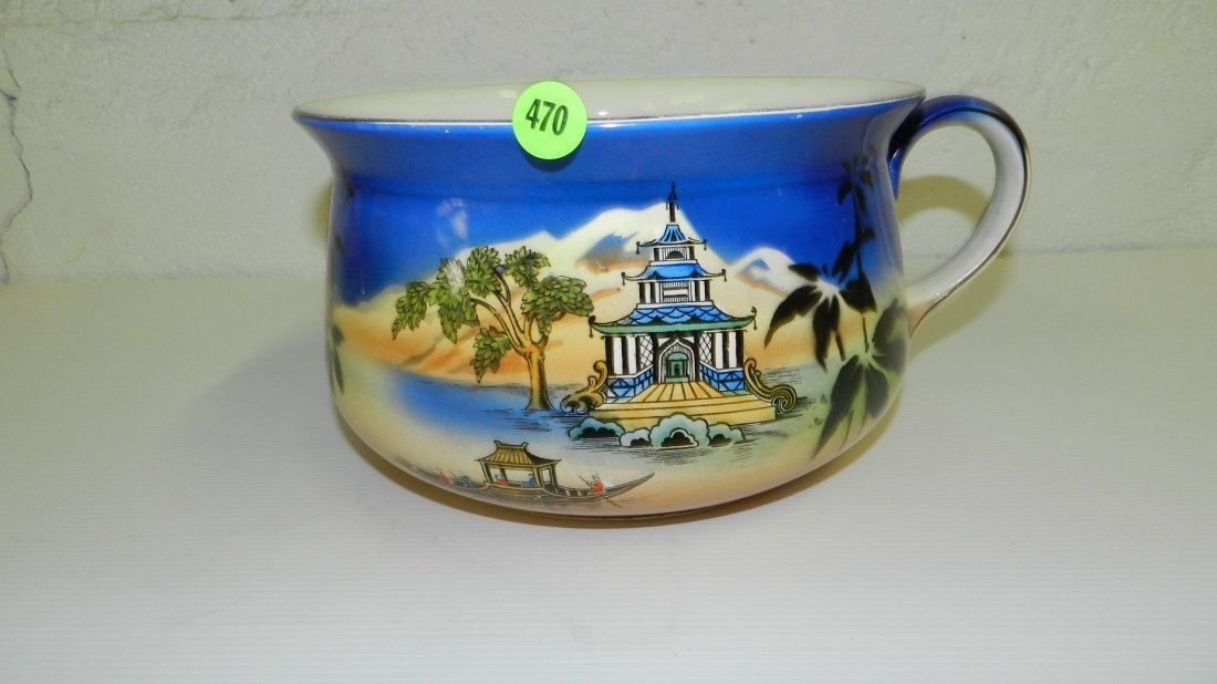 470: Asian style thunder mug