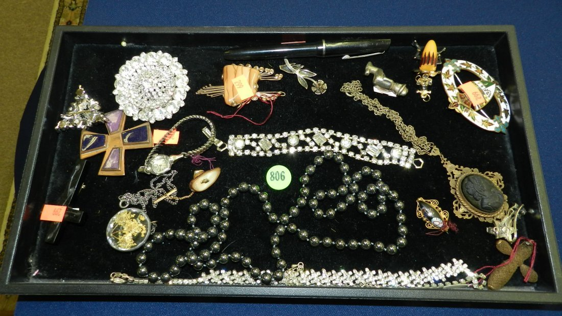 806: nice tray of estate jewelry (no tray)