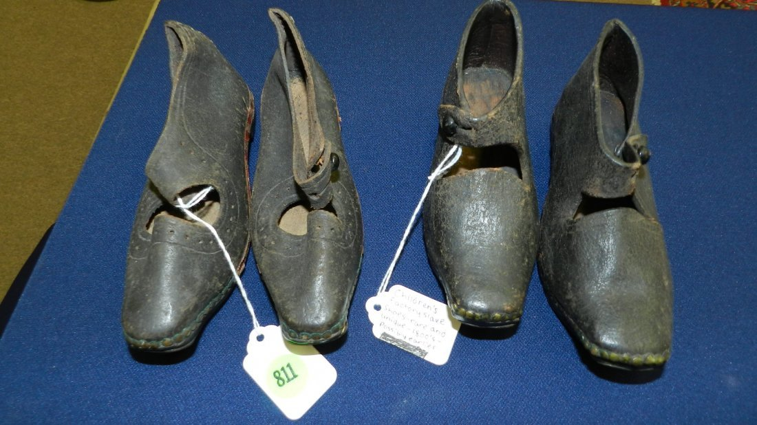 811: 2 pair of rare 1800's children's factory slave sho