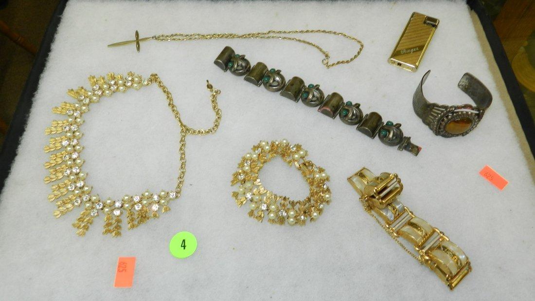 4: nice tray of estate jewelry (no tray)