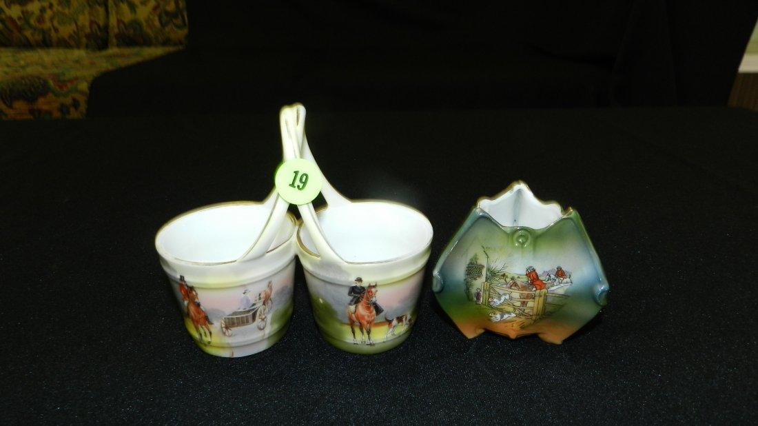 19: 2 piece porcelain Royal Bayreuth toothpick holders