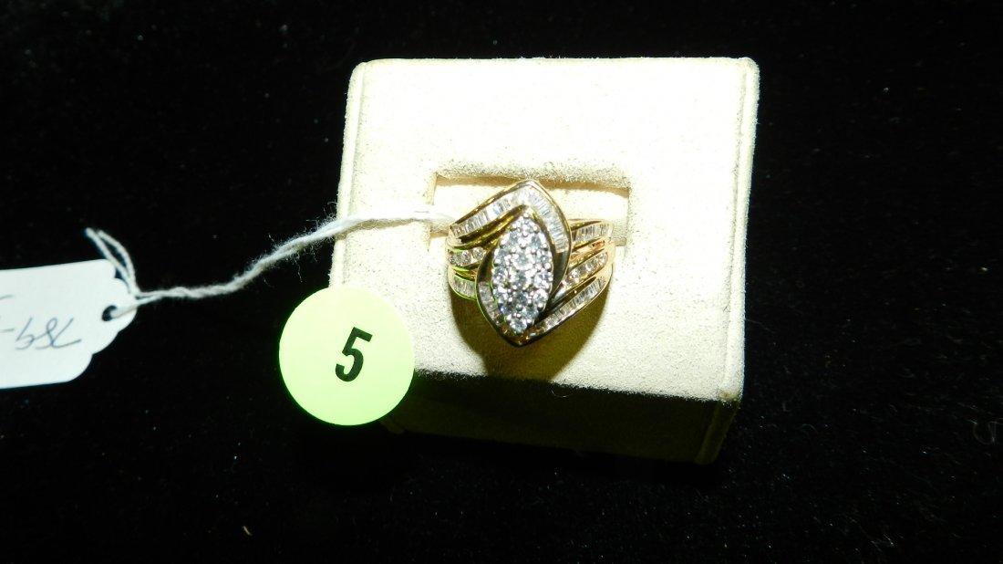 amazing ladies multi Diamond cluster ring with round