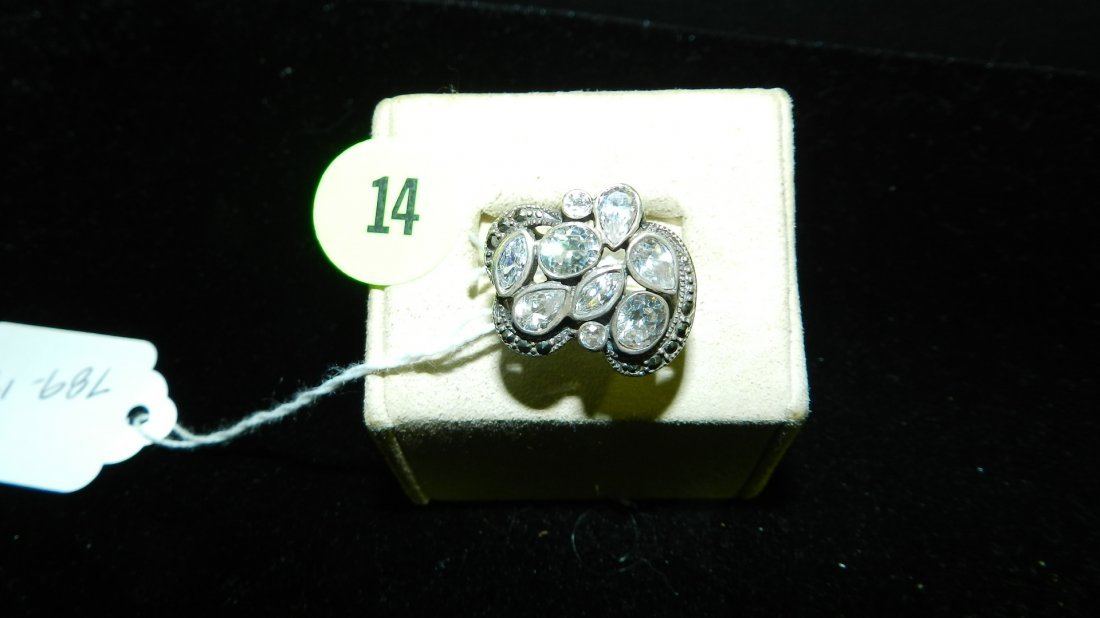 nice design ladies Sterling Silver & Zircon Ring 7.0