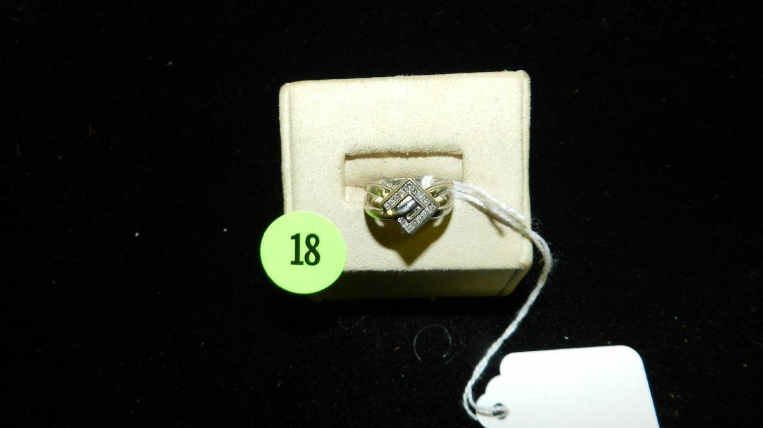 unique design ladies 18Kt Princess Cut diamond ring