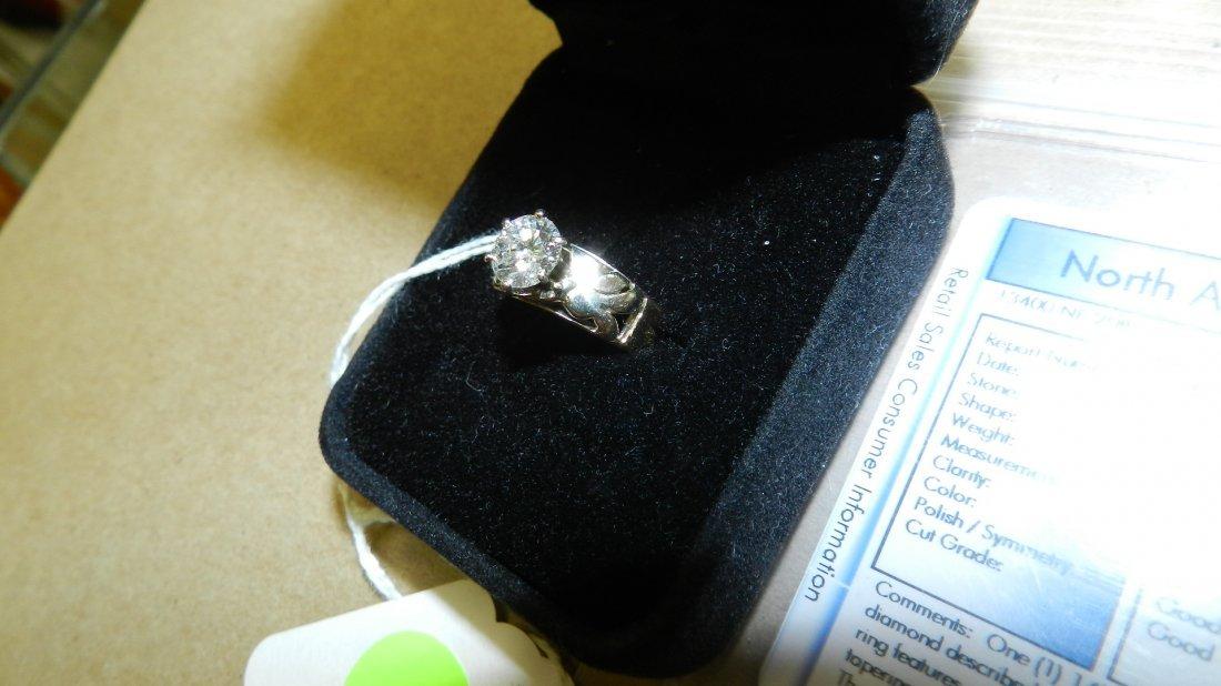 Fabulous large round Brilliant cut ladies dimond ring 1