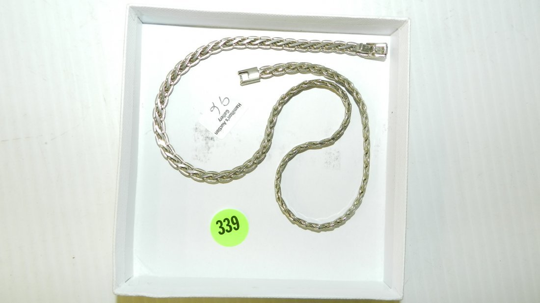 nice heavy sterling silver (stamped 925) necklace