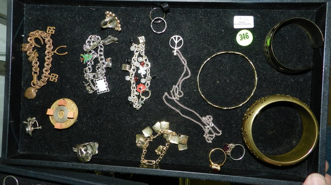 great tray of vintage estate jewelry (no tray)