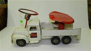 Vintage metal painted Buddy L, set and ride, wrecker