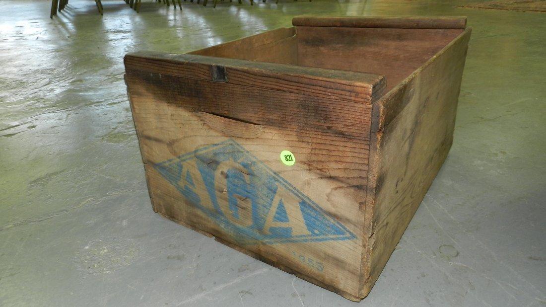 Primitive advertising crate