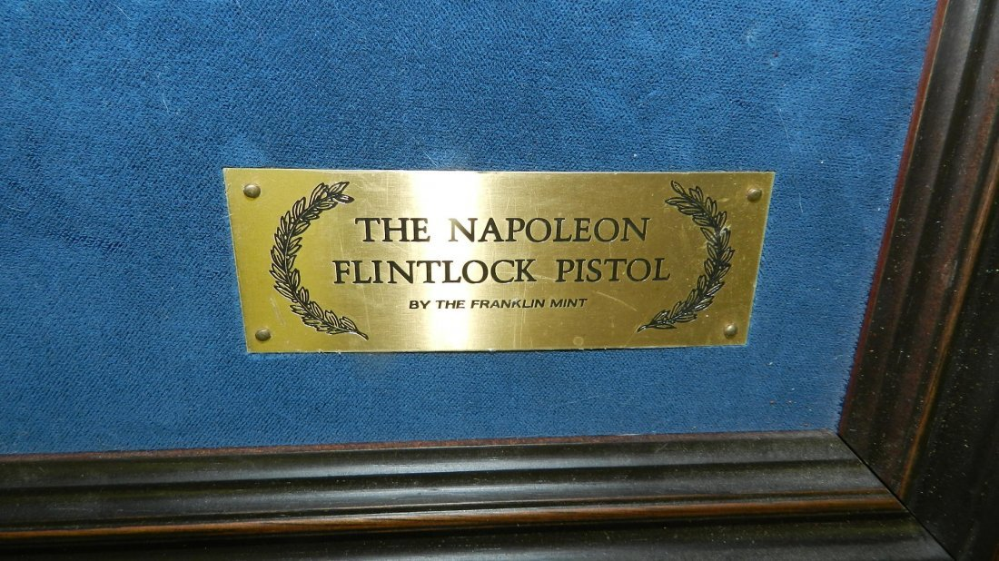 nice Napoleon Flintlock Pistol by The Franklin Mint - - 4
