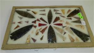large group of Native American arrowheads