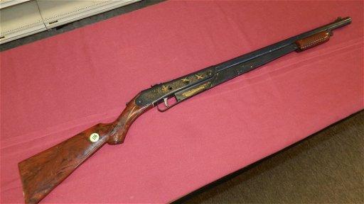 vintage Daisy No 25 pump action B B  rifle,