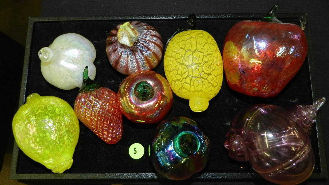 Nice tray of blown glass fruit displays, cond VG