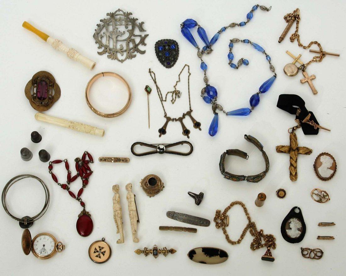 Victorian Woman's Jewelry