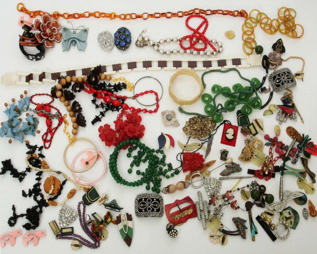 1930s Vintage Bakelite Jewelry lot