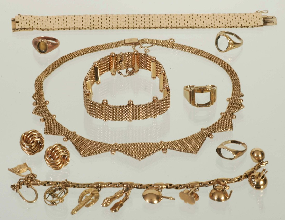 131.9 DWT Assorted Gold Items