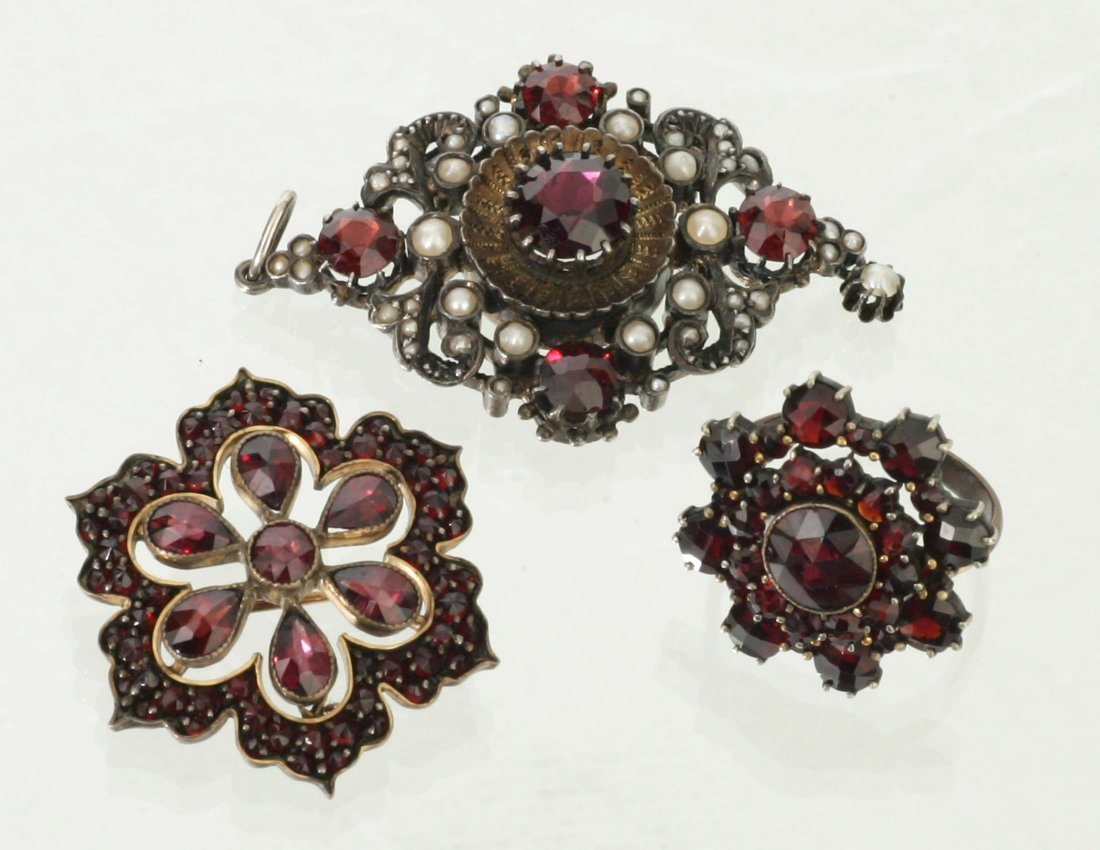 Victorian Garnet & Pearl Jewelry