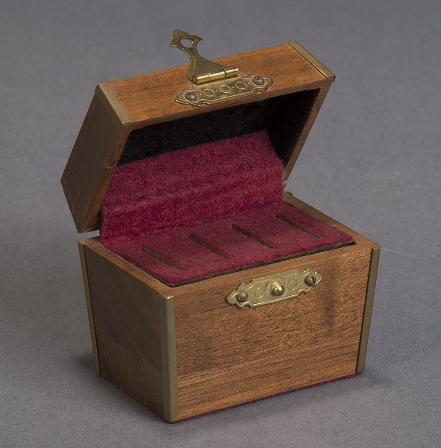 MIRACULOUS COIN CASKET - DOUGLAS WAYNE
