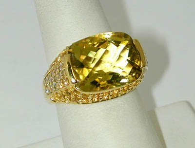 11: 18K Yellow Gold Diamond Ring w/ Citrine / Yellow Sa