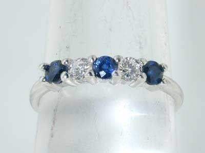 1: 1: Tiffany & Co. Platinum Diamond and Sapphire Ring