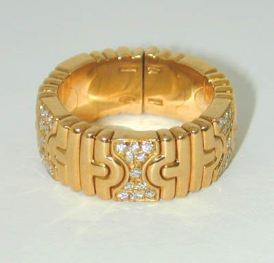 23: 23: BVLGARI 18K Yellow Gold Ring w/ Diamonds