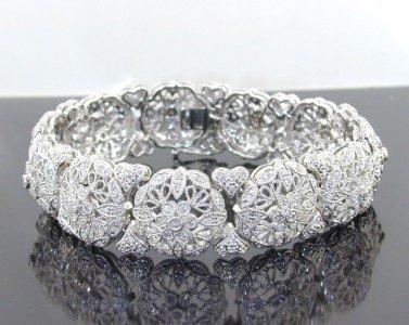 14: 14: 14: 14K White Gold Diamond Bracelet