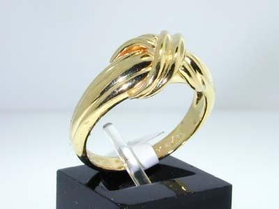 19: 19: 19: 19: 19: Tiffany & Co. 18K Yellow Gold Ring - 2